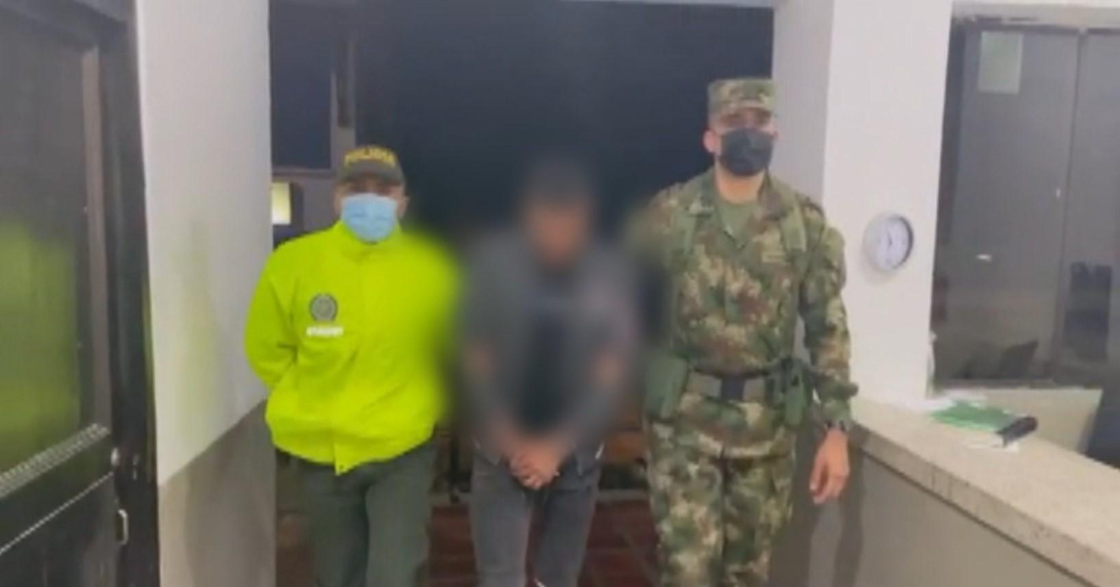"""(Video) Alias """"Ferney"""", presunto integrante del ELN, fue capturado"""