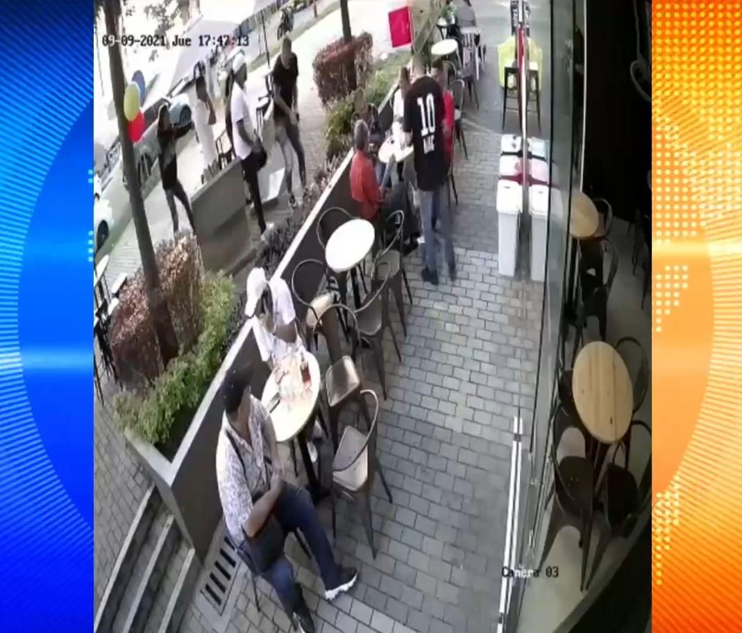 (Video) Macnelly Torres fue víctima de hurto en Medellín