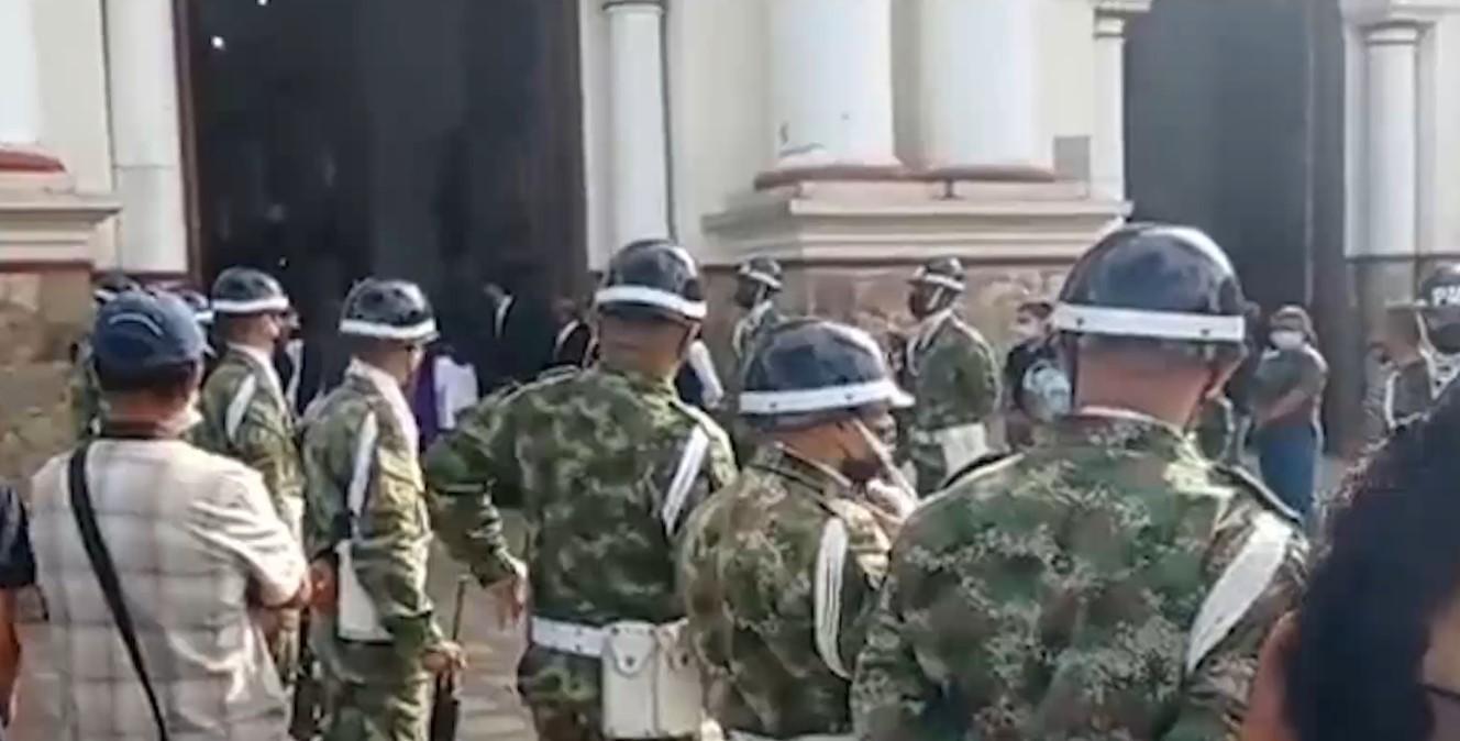 Familiares le rindieron homenaje al soldado que falleció en Arauca