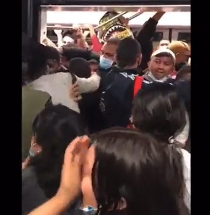 (Video) Se registró violenta pelea en el Metro de Medellín